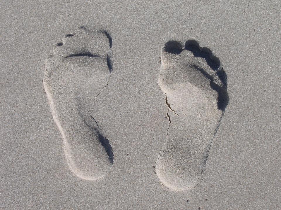 sand-feet